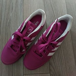 Adidas Orion 2, women's size 8. Magenta/purple.